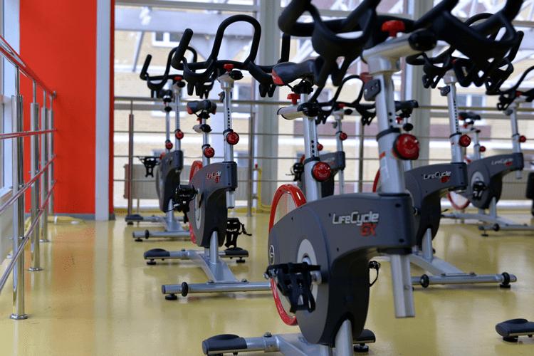 Entretien ménager et Nettoyage de Gymnase, fitness centres et de Centre Sportif