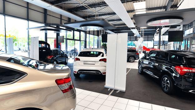Entretien de concessionnaires automobiles