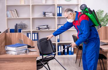 Entretien Ménager Commercial - Nettoyage et Désinfection Professionnel des Bureaux