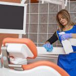 Quelle est la différence entre le nettoyage et la désinfection